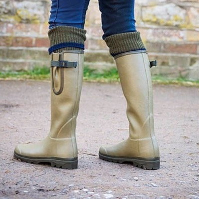 PRIZE GIVE AWAY 🎁  For the month of October, we will be doing a prize give away. One lucky follower could be in with a chance of winning their very own pair of Le Chameau wellington boots.  All you have to do to enter is Follow OUR PAGE, LIKE THIS POST AND TAG THREE FRIENDS. We will then do a prize draw on the 8th of November 2019 and announce our winner via social media.  Good luck!!