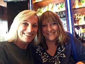 Susan   Si Susan Scrupski n'avait pas cofondé le réseau d'agents du changement Change Agents Worldwide qui m'a accueilli, je n'aurais pas pu faire ce que j'ai fait chez Sanofi. Elle a inspiré chacun de nous dans ce groupe et au-delà par son courage, son expertise et sa générosité. Elle nous a montré ce que signifie le courage lorsqu'elle a décidé de se consacrer à la lutte contre les violences domestiques.