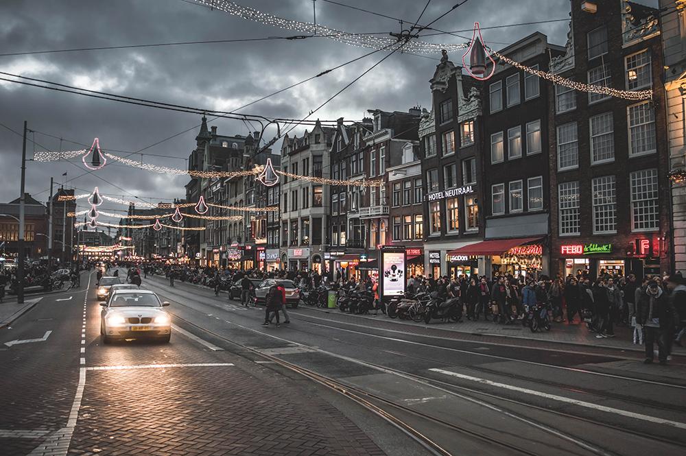 48-HOURS-IN-AMSTERDAM_SPR17_cene_magazine_keep_it_kent.jpg