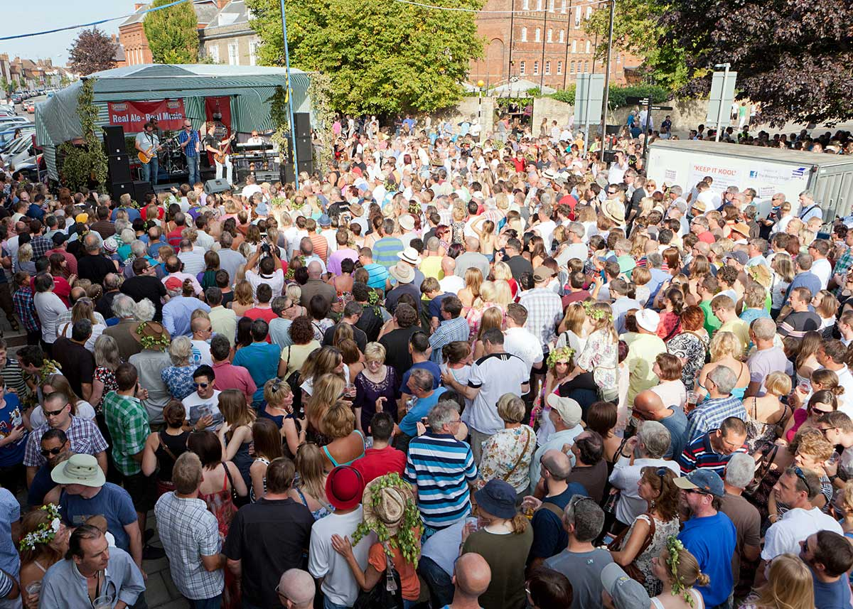 cene _magazine_SUM19_Faversham-Hop-Festival.jpg