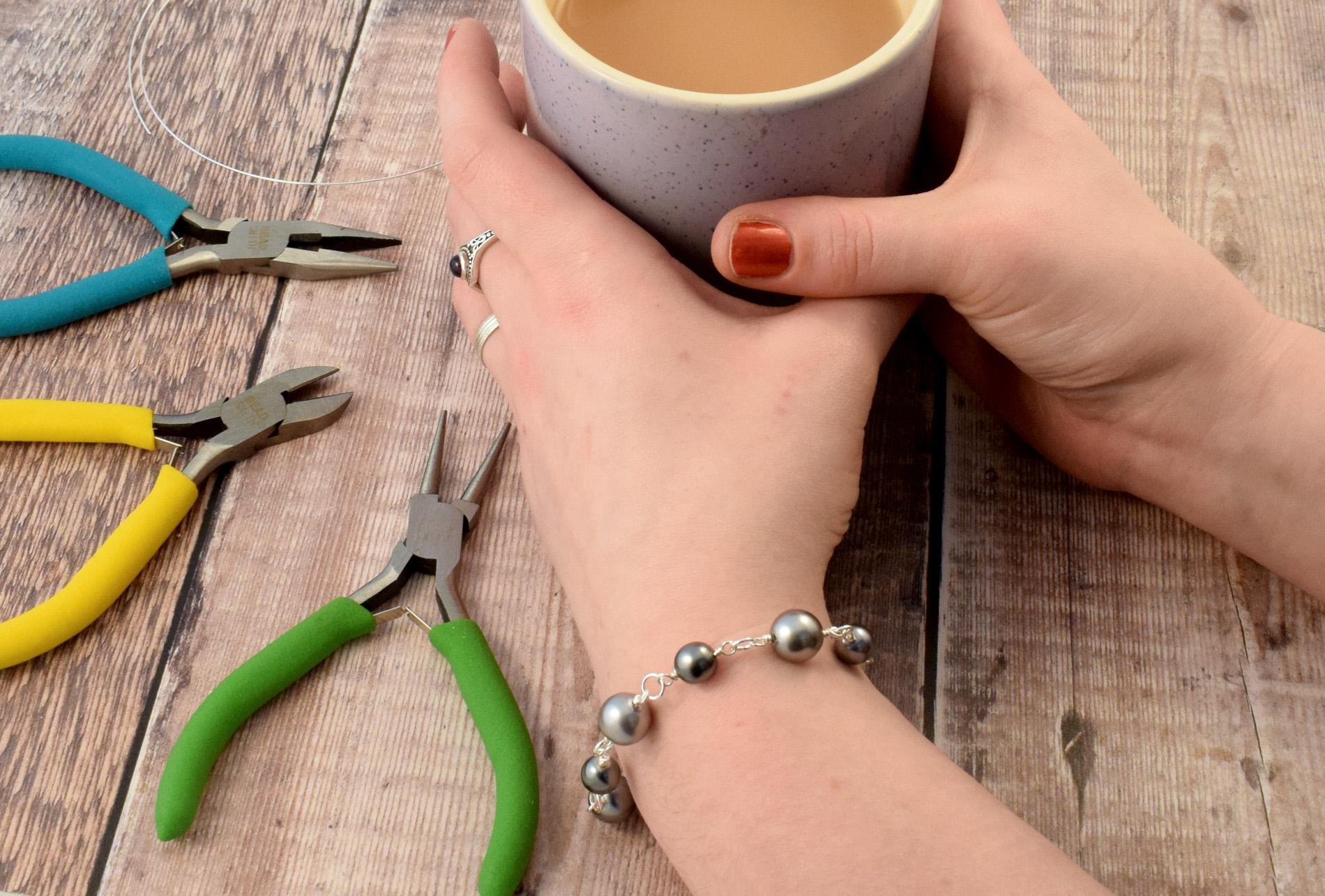 Hayley pearl bracelet.jpg