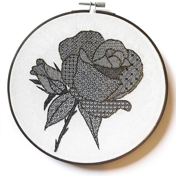 purple_rose_embroidery2.png