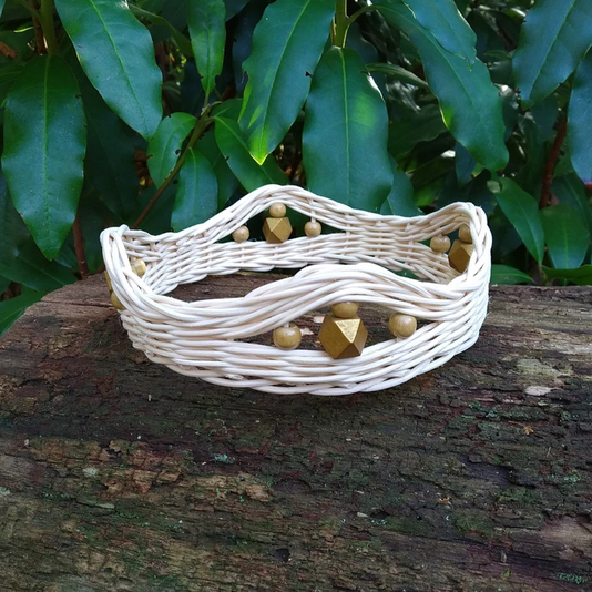 wonder-weaver-gold-crown.png