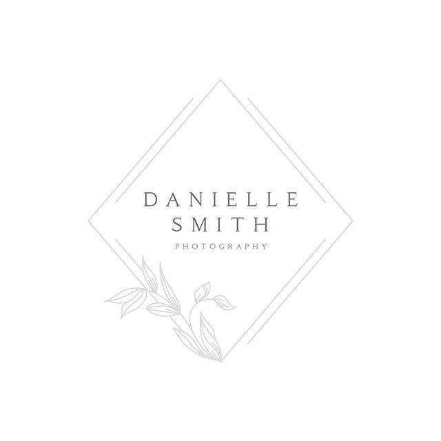 Monograms are my fave!  Finally adding this one to the gram that I designed earlier in the year for @daniellesmithphoto. We also did a little facelift to her #squarespace website to match her new brand.  Looks lovely and fresh but her images are where you'll find the real gorgeousness! . . . . #customlogo #newbrand #websiteupdate #logo #monogram #handsketchedlogo