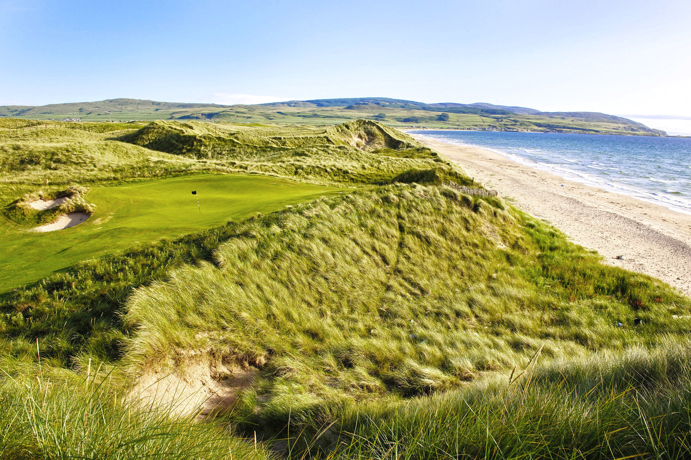 David McLay Kidd's phenomenal work at Machrihanish Dunes is a decade old and while it's quite a journey to reach the Mull Of Kintyre, the reward far outweighs the effort.