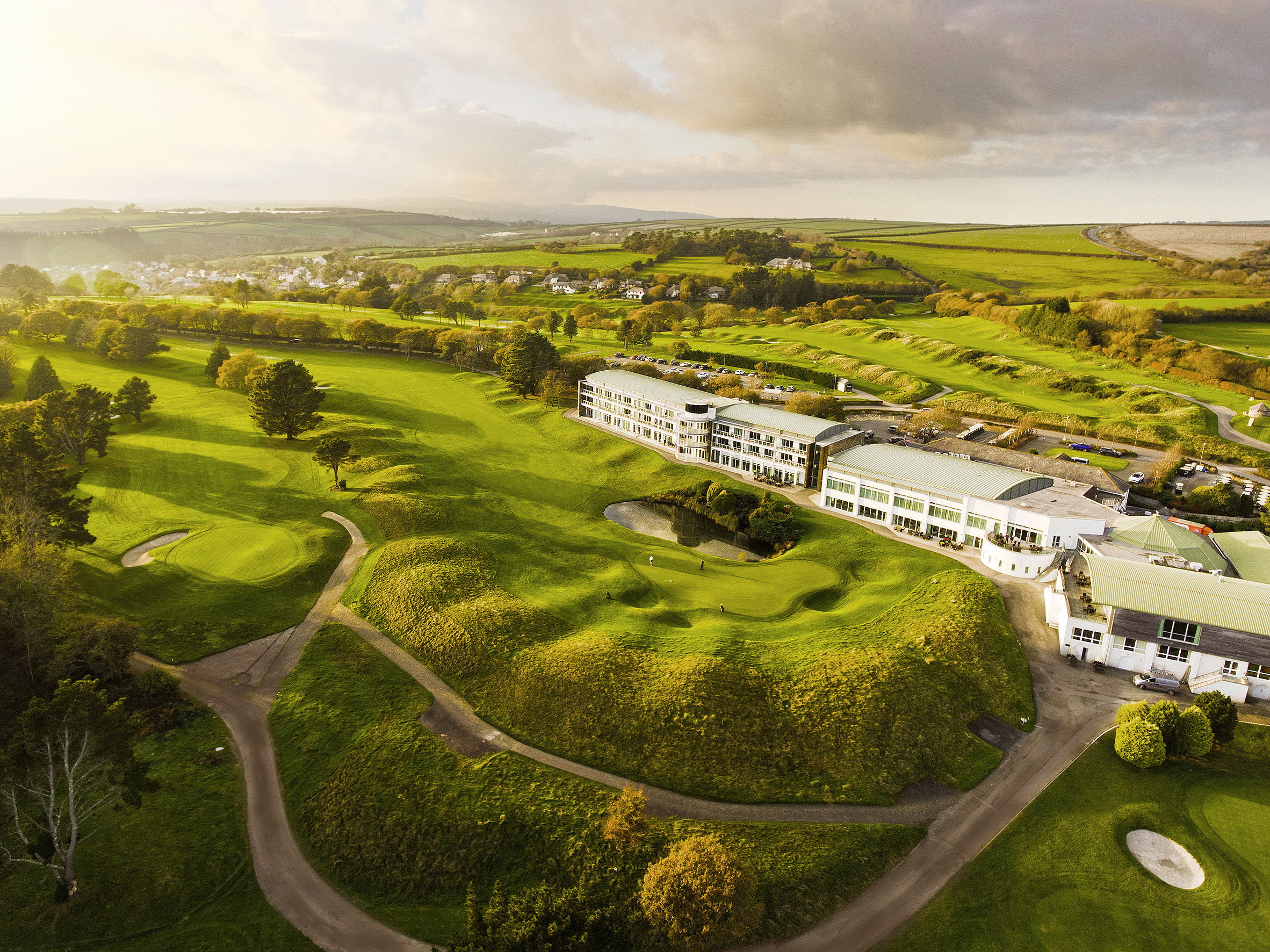 St Mellion, with its Nicklaus and Kernow courses, is an ideal golf break in its own  right or a great place to base yourself for a Cornish golf adventure.