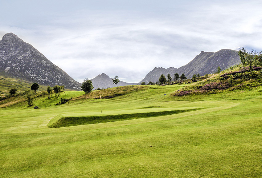 The 3rd hole at Corrie has a typically square green shape and a typically breathtaking backdrop.