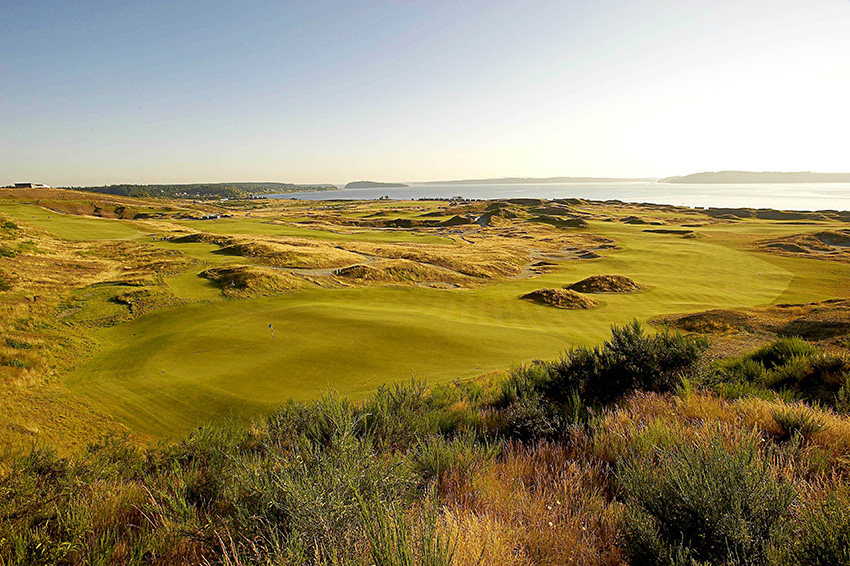 The 7th hole at Chambers Bay is a sharp dogleg right.