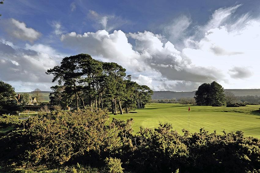 9_Top_100_Golf_Courses_England_Ganton.jpeg