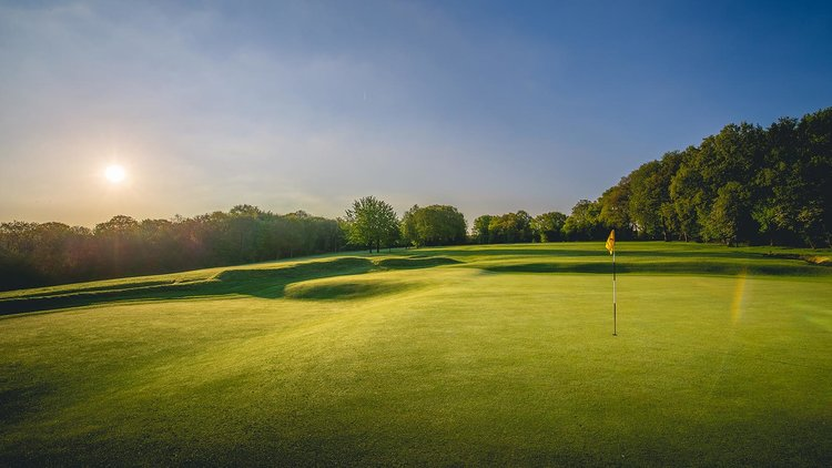 04th-Hole-Huntercombe-Golf-Club-1151-99.jpg