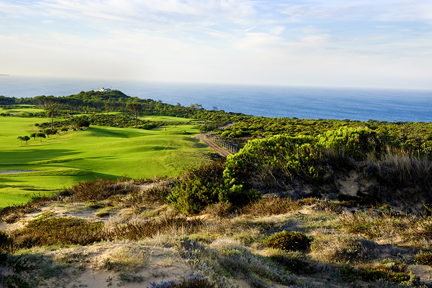 The sporty 11th at Oitavos Dunes might well divide opinion – but you will never forget it.