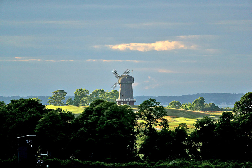 The famous windmill at National Golf Links was suggested by a member, who was then asked by Macdonald to foot the bill.
