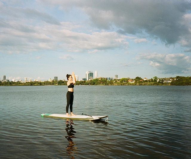 ✨Free Pre-Launch SUP Yoga Class✨  Due to an overwhelming response to the pre-launch class we've decided to host an additional free class this Saturday at 9:15am.  Class numbers are limited so bookings are essential.  This will be a Beginner's Flow class but all levels welcome. Book via link in bio to secure your spot ✌🏾x
