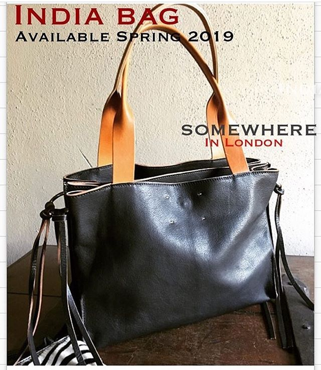 I n d i a- bag ...unique Style available now @essenzemodena @profumeriaalessandra  @dd.it  @massimo_lolli_ @bricabrac_carpi ........multiseason bag in pregiatissima pelle vegetale nera. Very cool bag!🧡🖤