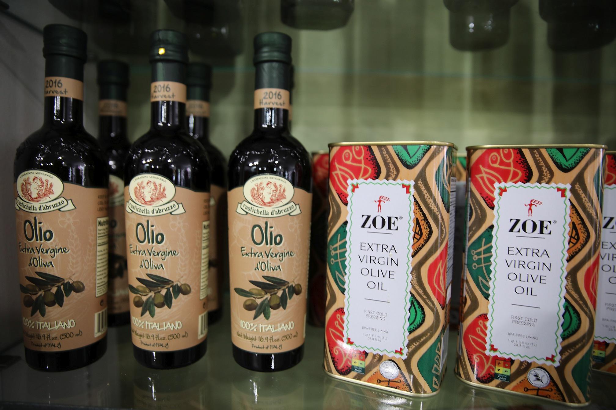 8O7A6850 olive oik.jpg
