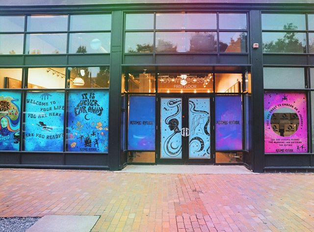 I'm sorry but could you imagine a Kozmic Ryder brick and mortar where it would be a tea house and library and ceremonial/ritual space? Who would come visit?! These windows were from my launch party 💫