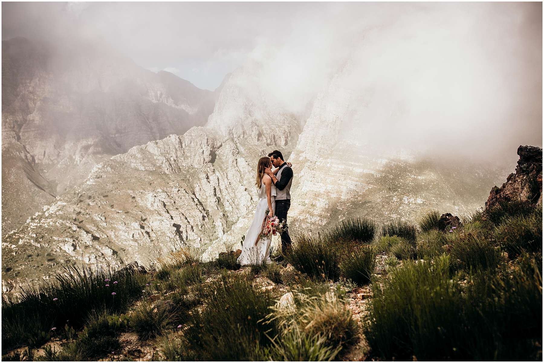 LOTTYH-South-Africa-Cape-Town-Elopement-Photographer_0007.jpg