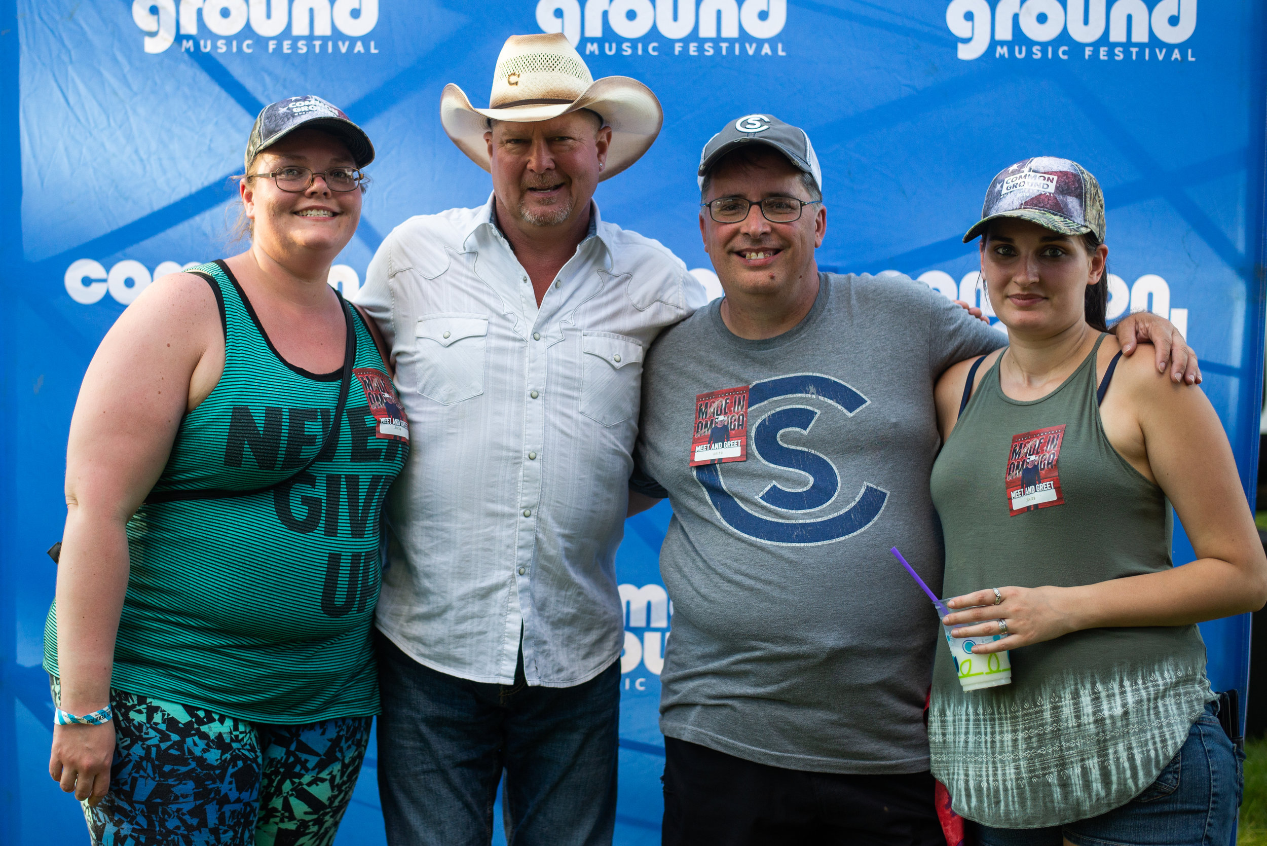 Claire Abendroth_Meet&Greet_TracyLawrence_18.jpg