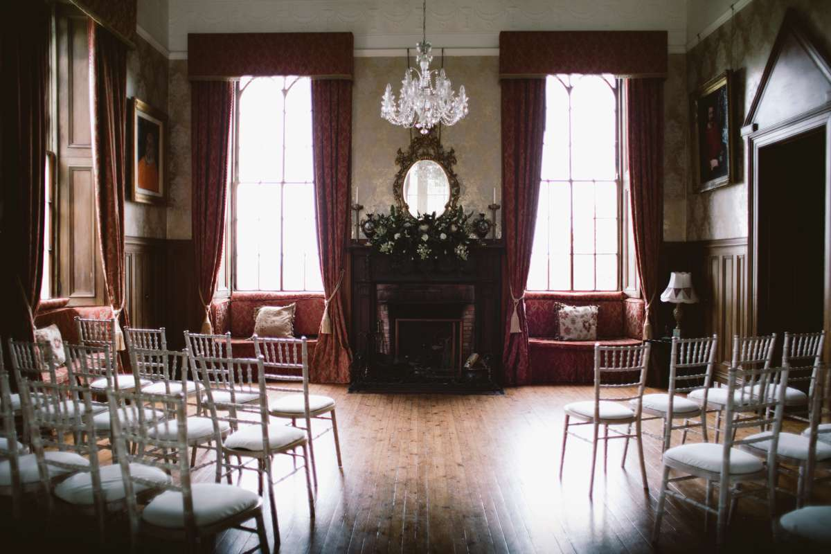 Lunga House wedding: a hidden venue gem in Argyll.   Read the article in Love Our Wedding Magazine