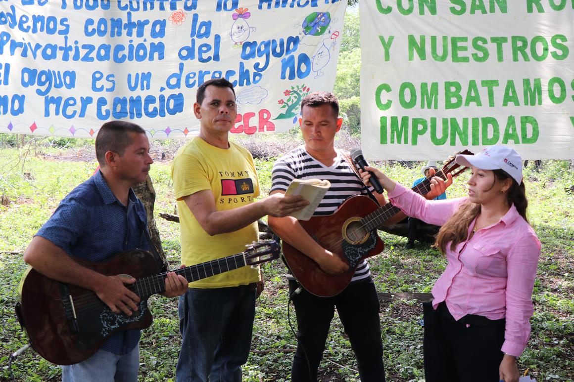 Memorial Las Aradas 01 1160.jpg