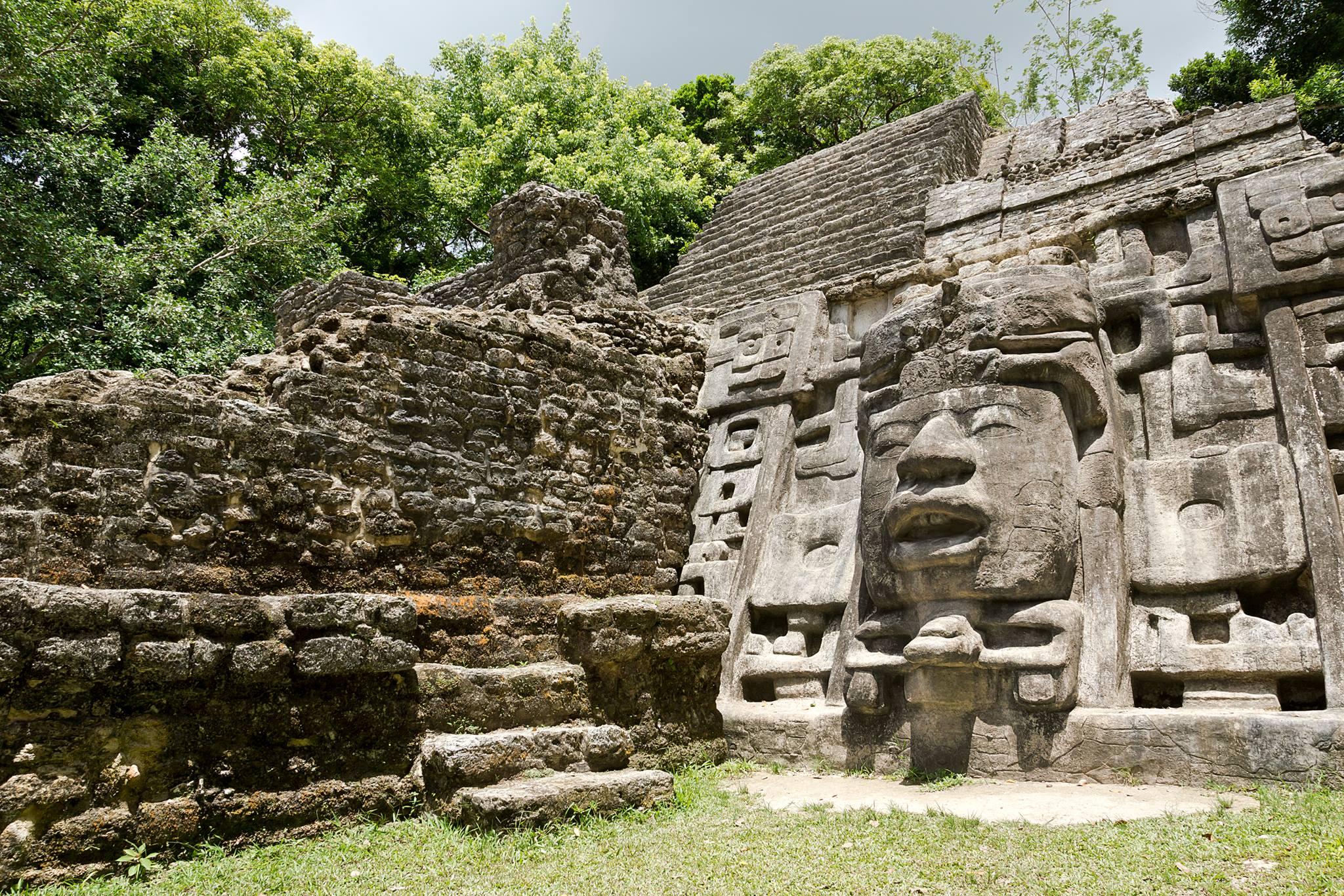 lamanai-maya-ruins-in-belize.jpg