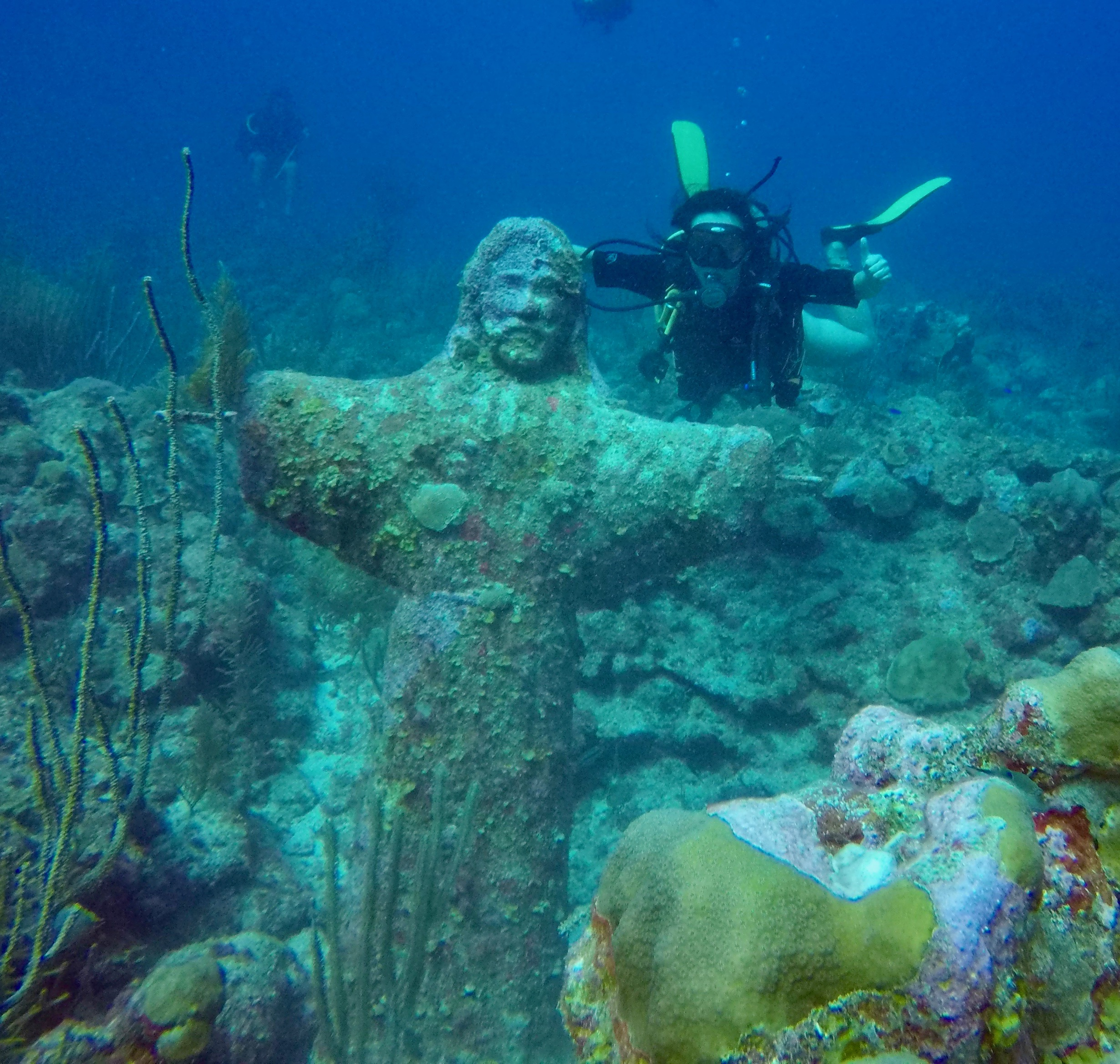 Local Dive: Christ of the Abyss