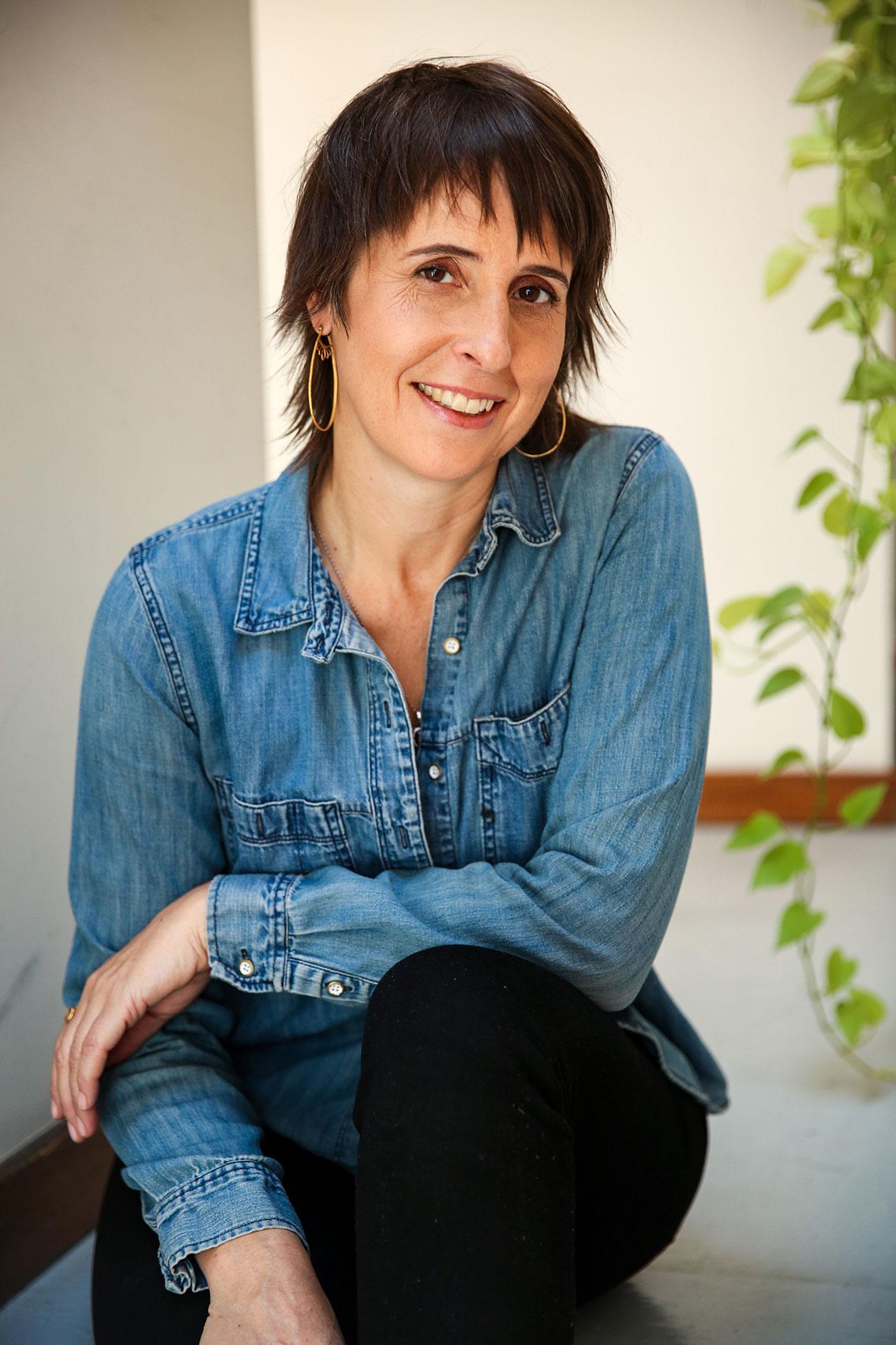 Joelle-Hann-NY-Brooklyn-Book-Doctor-Author-Writing-Coach-Book-Publishing-NYC.jpg