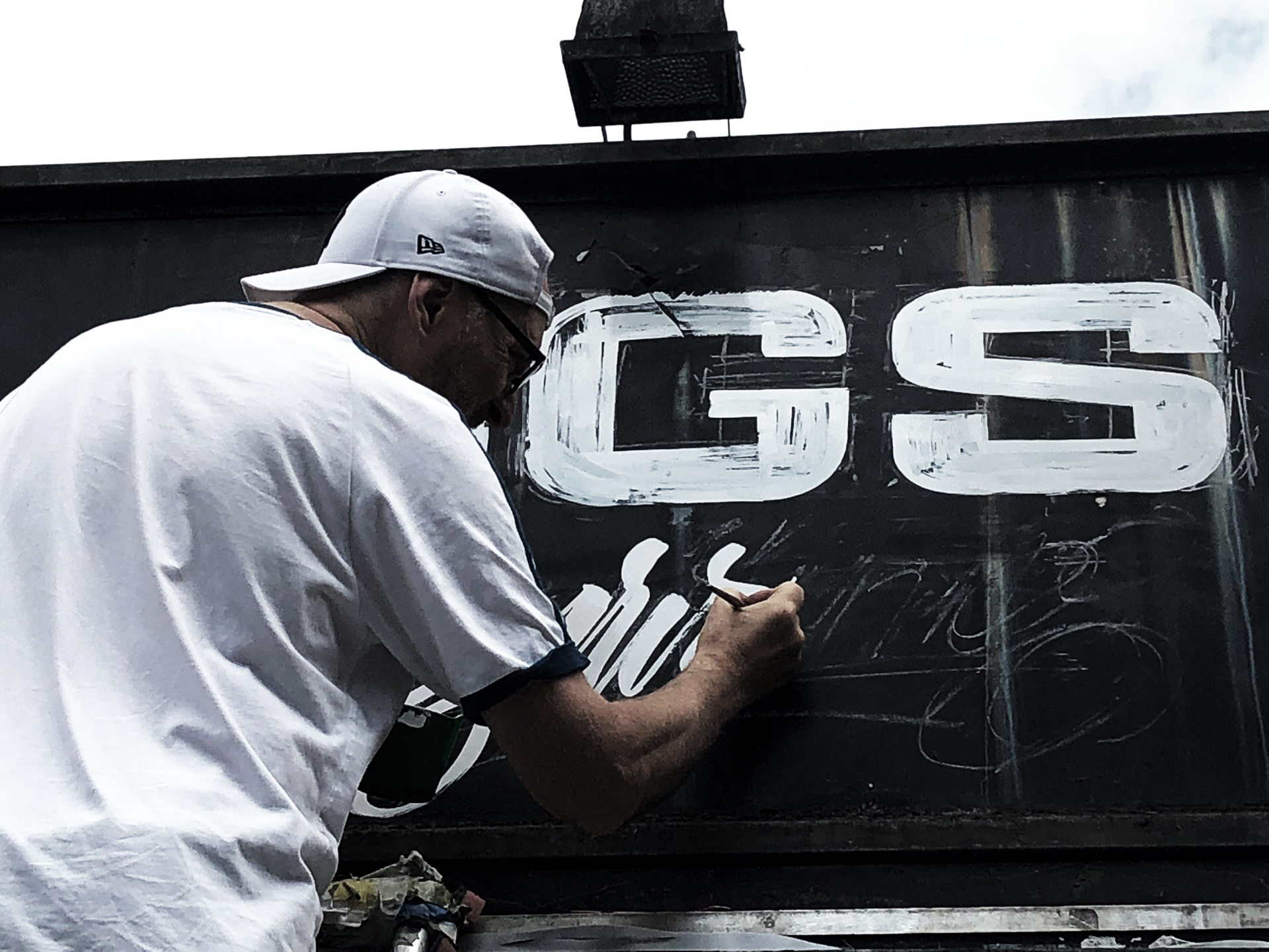NGS Sign school london Nick Garrett Signwriting.JPG