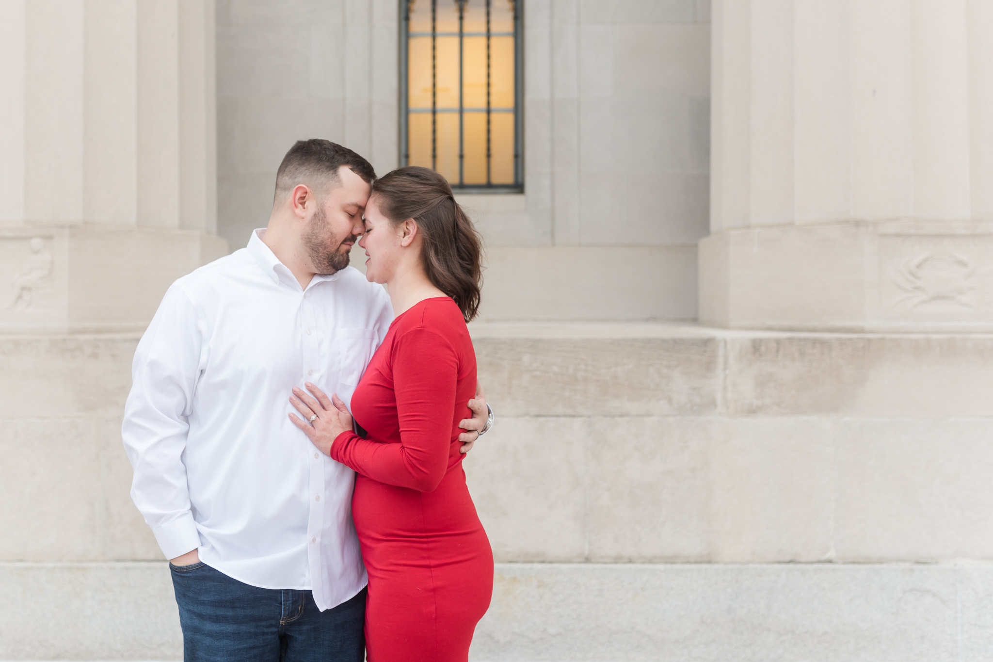 Downtown Indianapolis Engagement Session-3.jpg