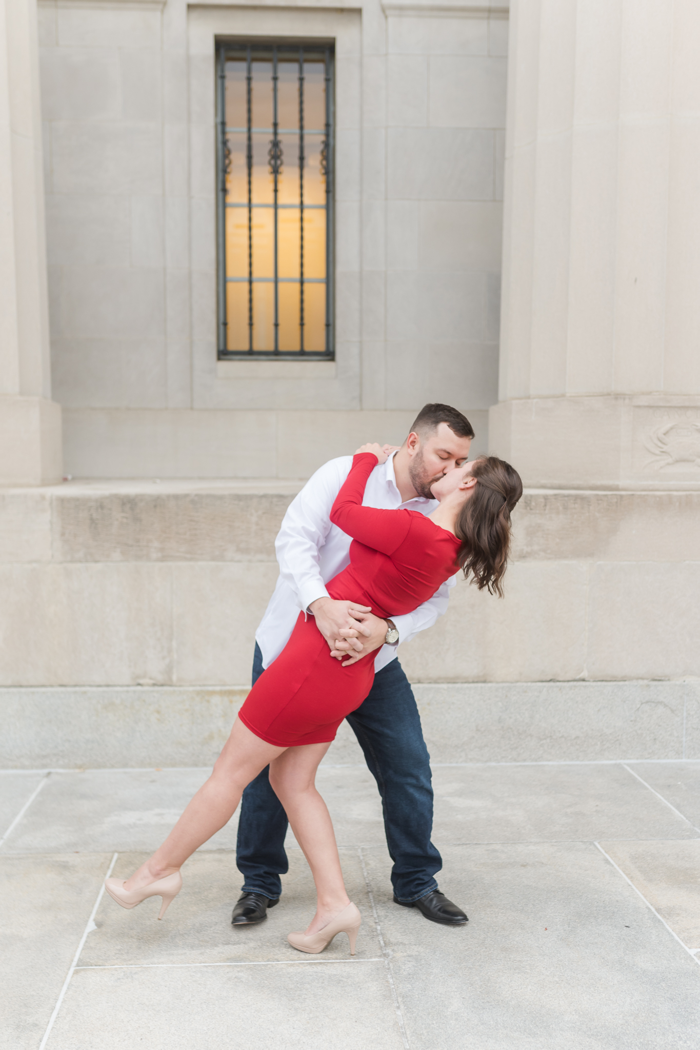 Downtown Indianapolis Engagement Session-12.jpg