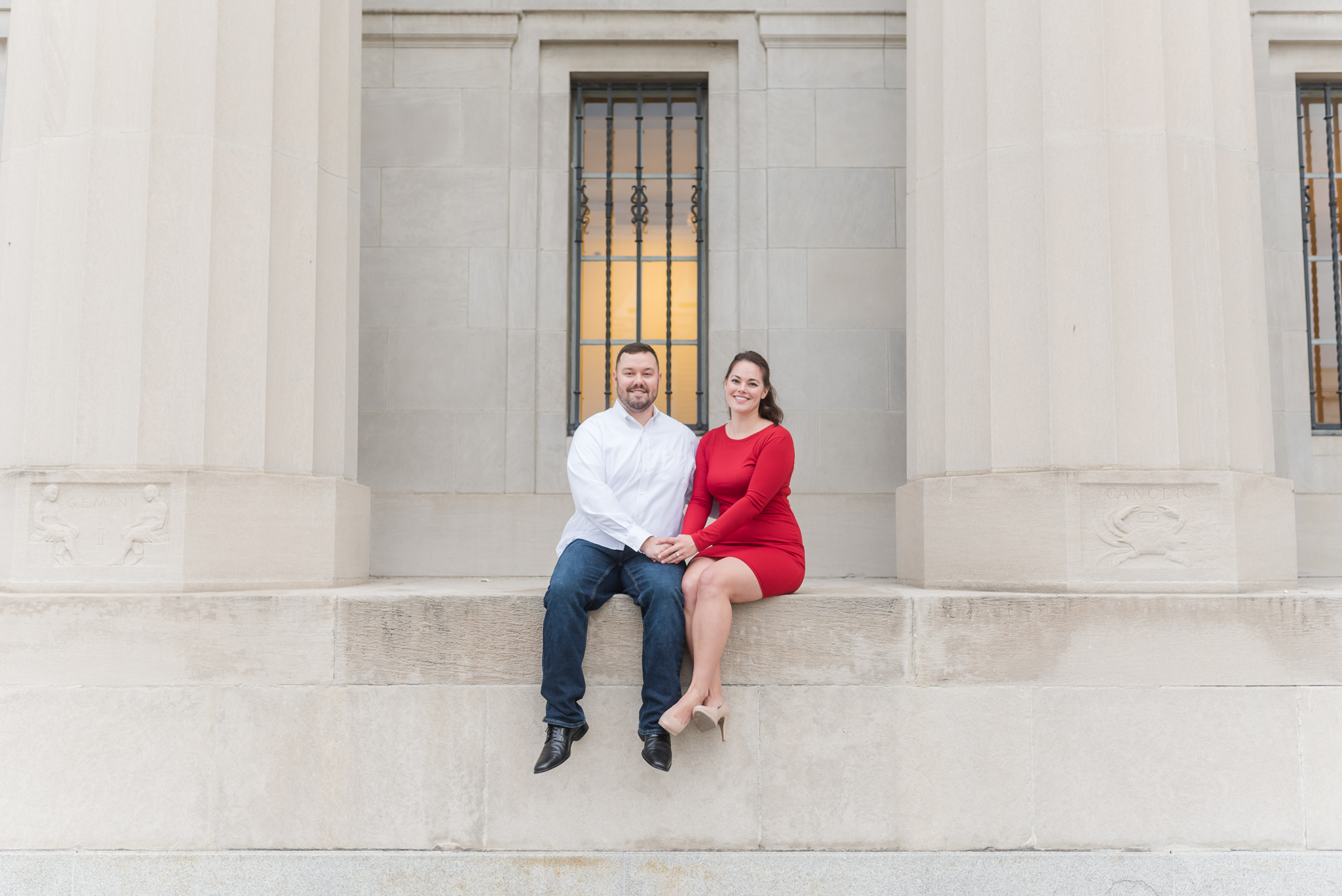 Downtown Indianapolis Engagement Session-13.jpg