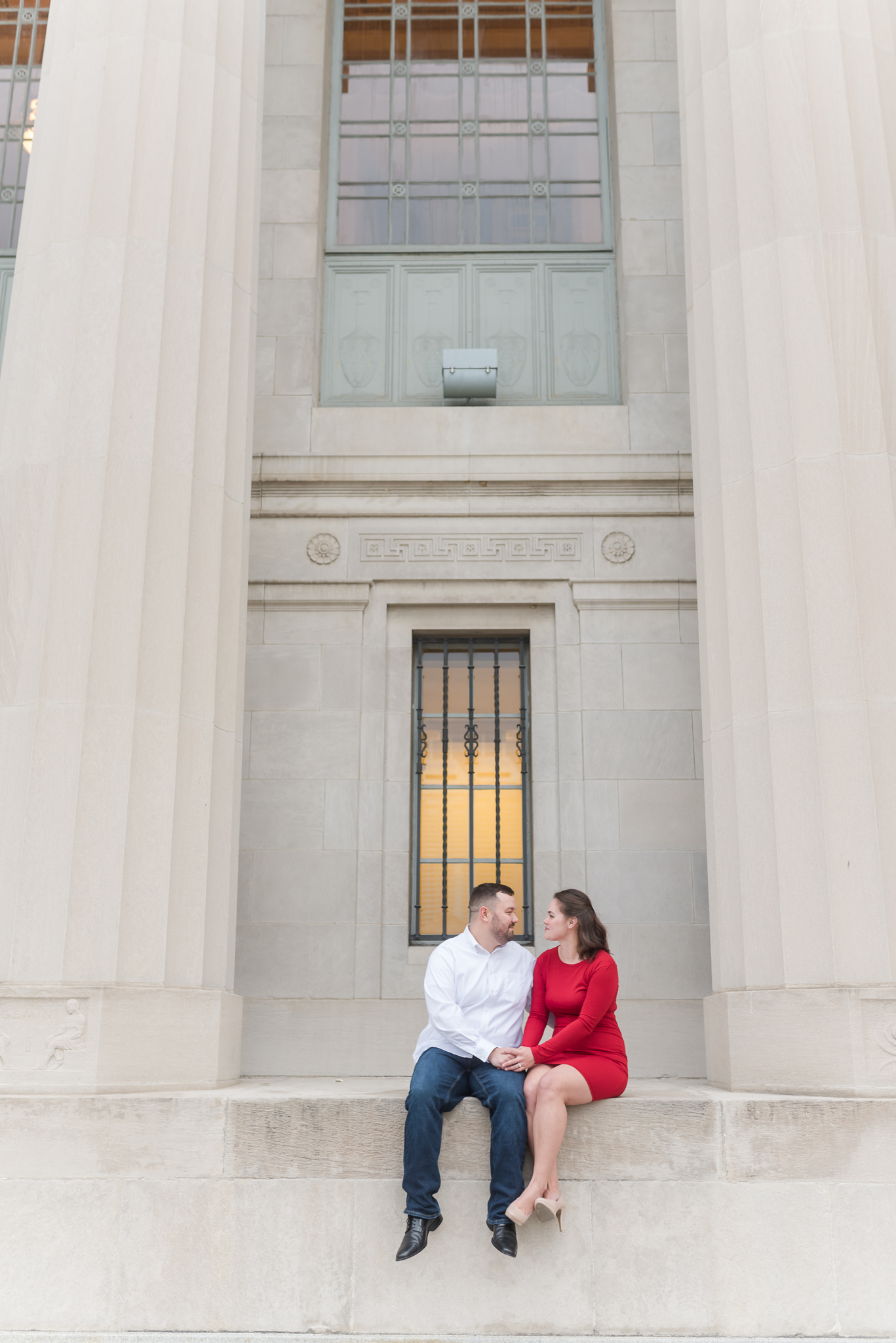 Downtown Indianapolis Engagement Session-15.jpg