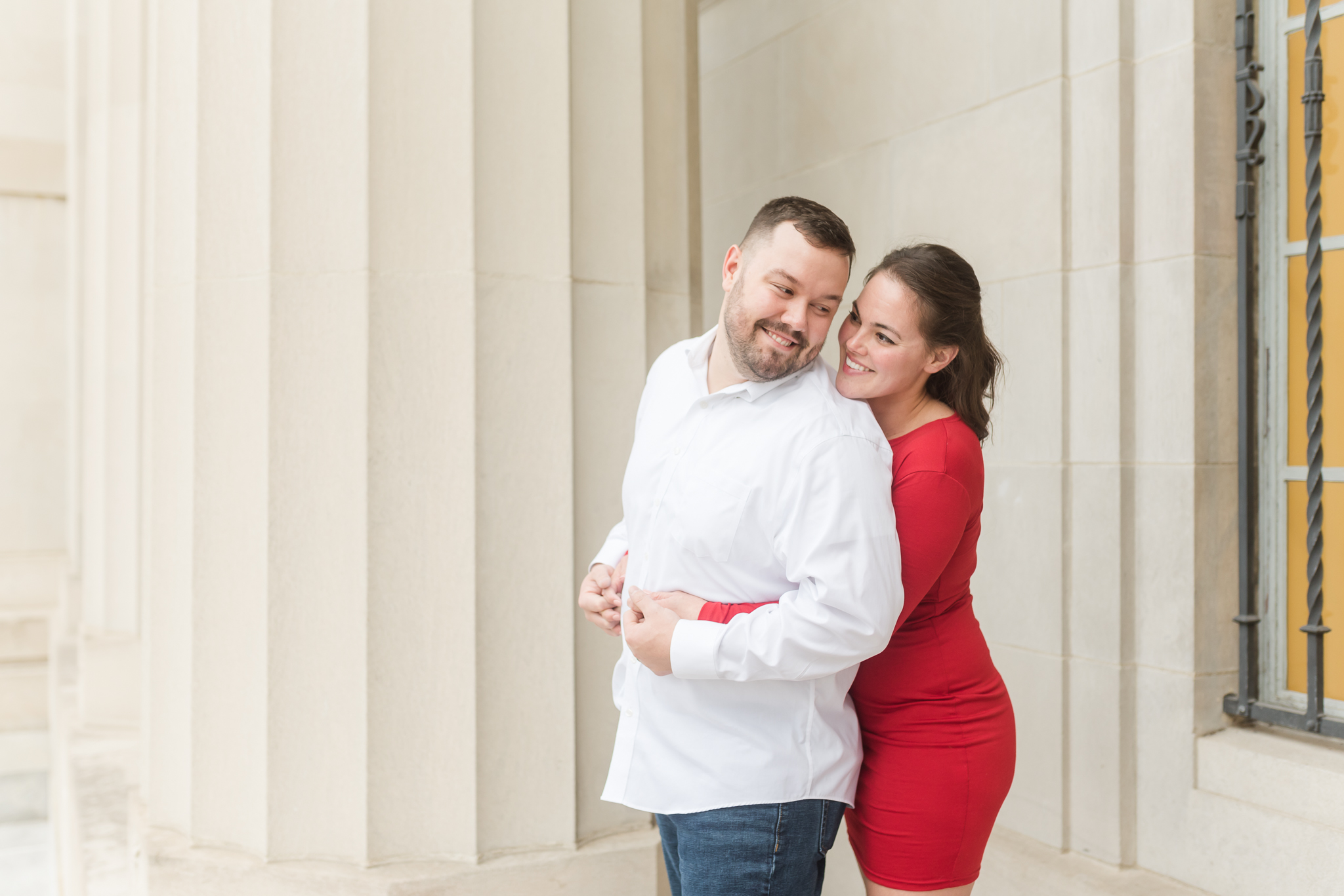 Downtown Indianapolis Engagement Session-21.jpg