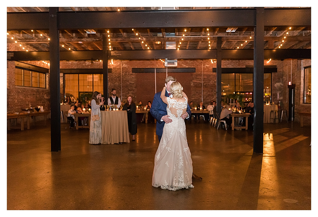 Winter Wedding at INDUSTRY the REAL wedding_1160.jpg