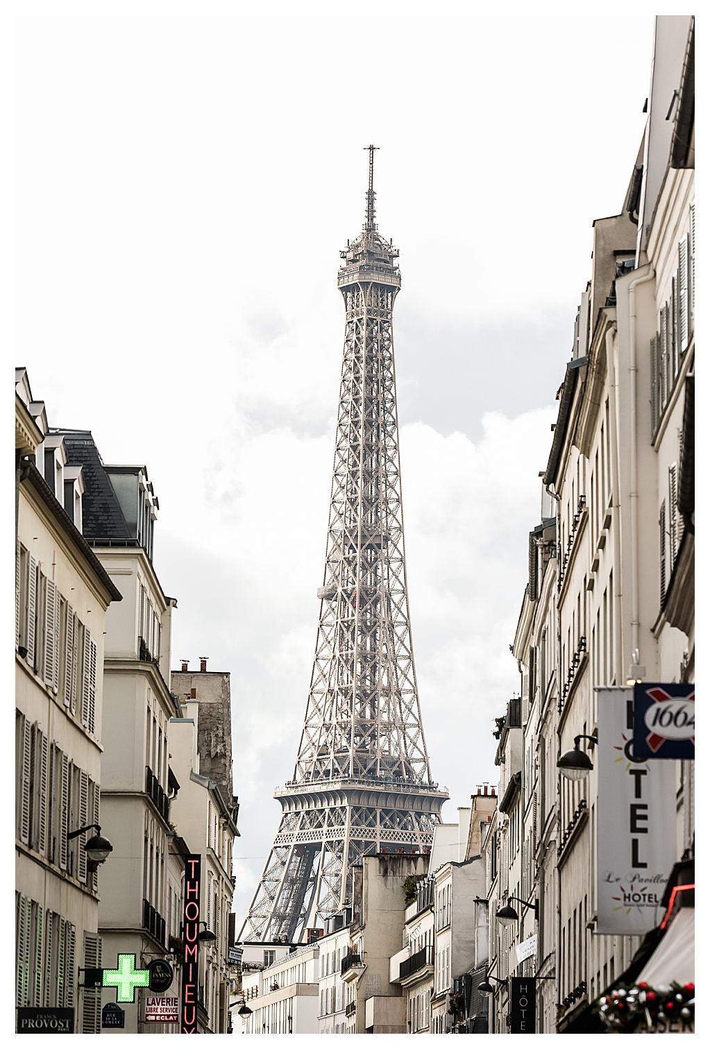 Destination Wedding Photography in Paris France_0008.jpg