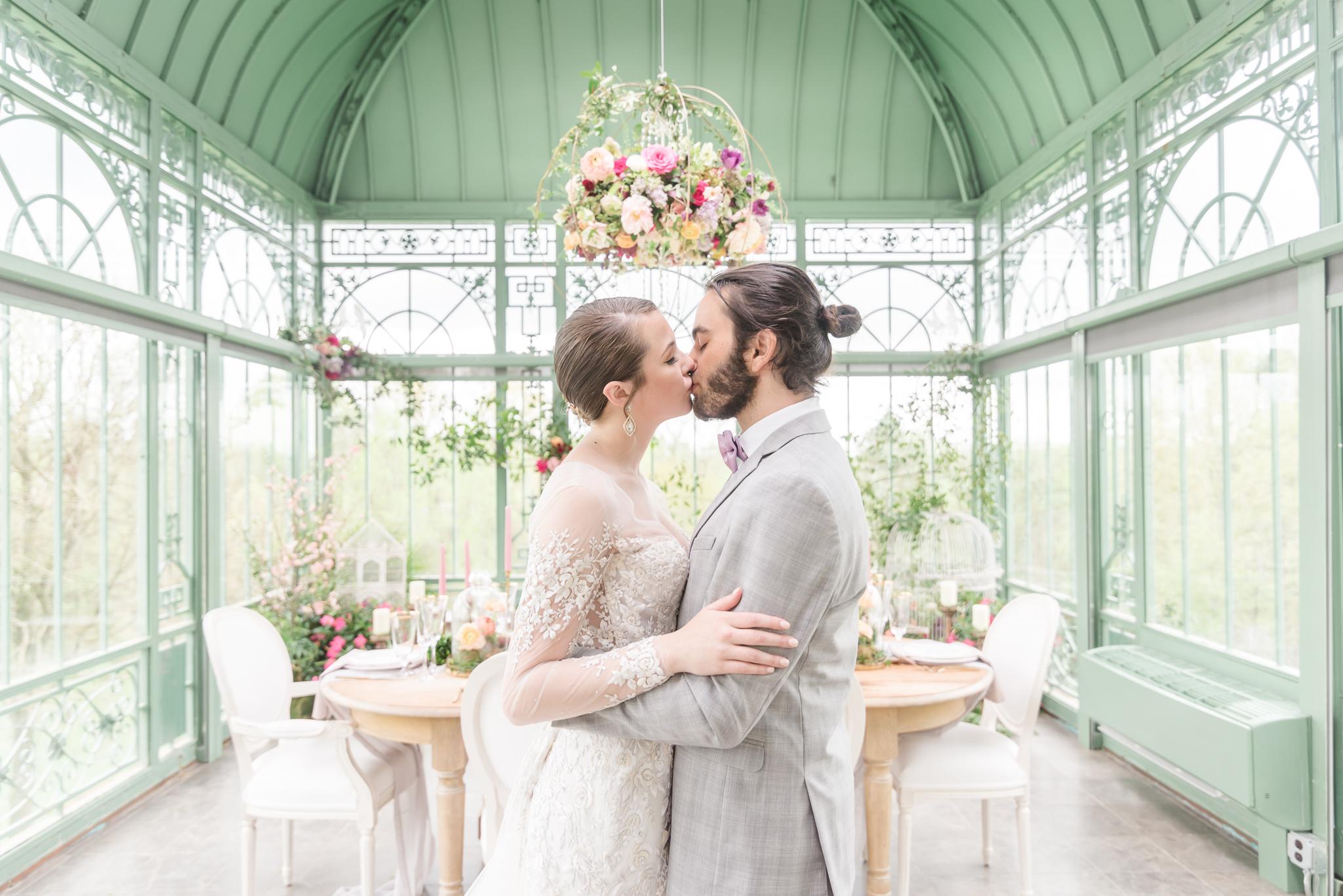 Luxury Greenhouse Wedding Atlanta Wedding Photographer 2400 on the River-12.jpg