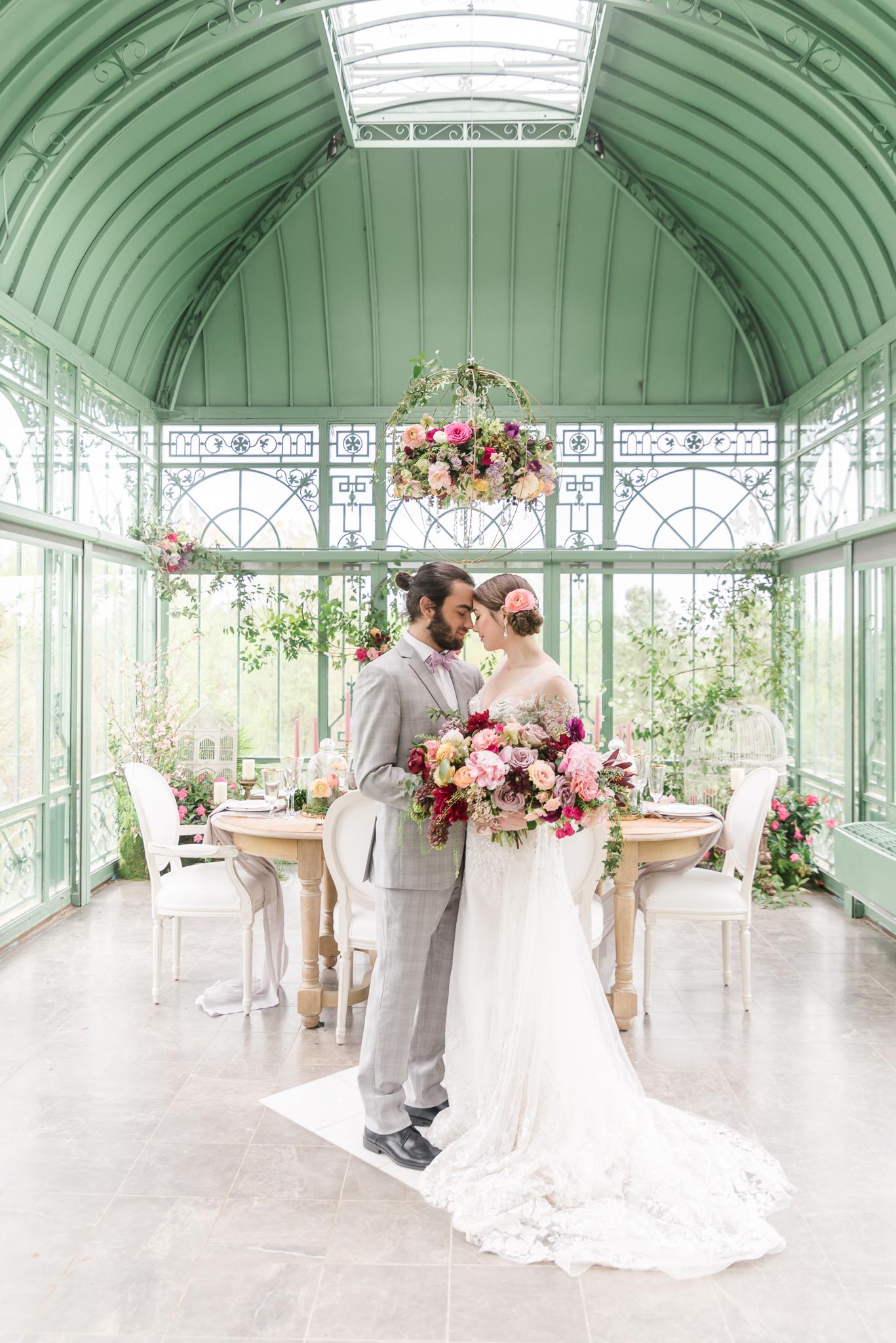Luxury Greenhouse Wedding Atlanta Wedding Photographer 2400 on the River-24.jpg