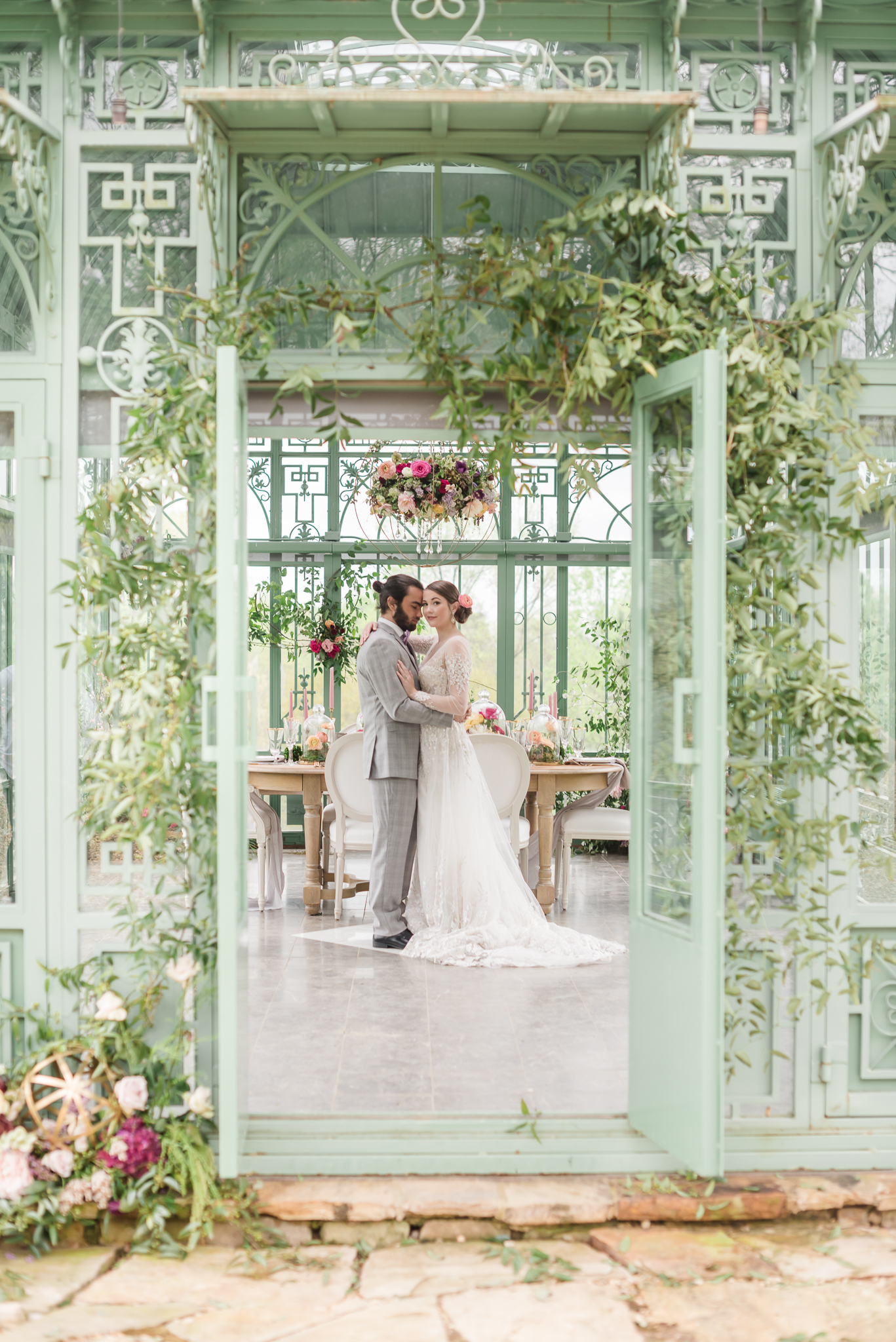 Luxury Greenhouse Wedding Atlanta Wedding Photographer 2400 on the River-25.jpg