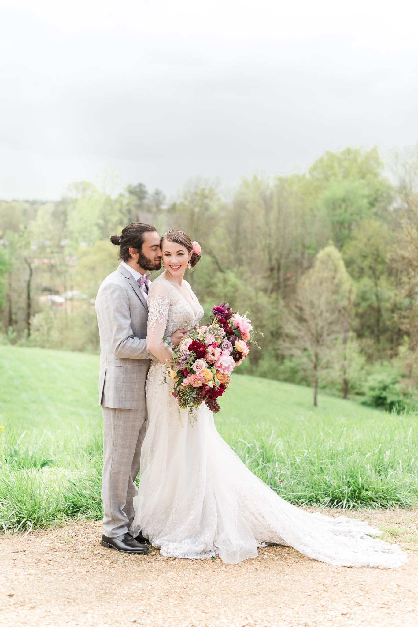 Luxury Greenhouse Wedding Atlanta Wedding Photographer 2400 on the River-45.jpg