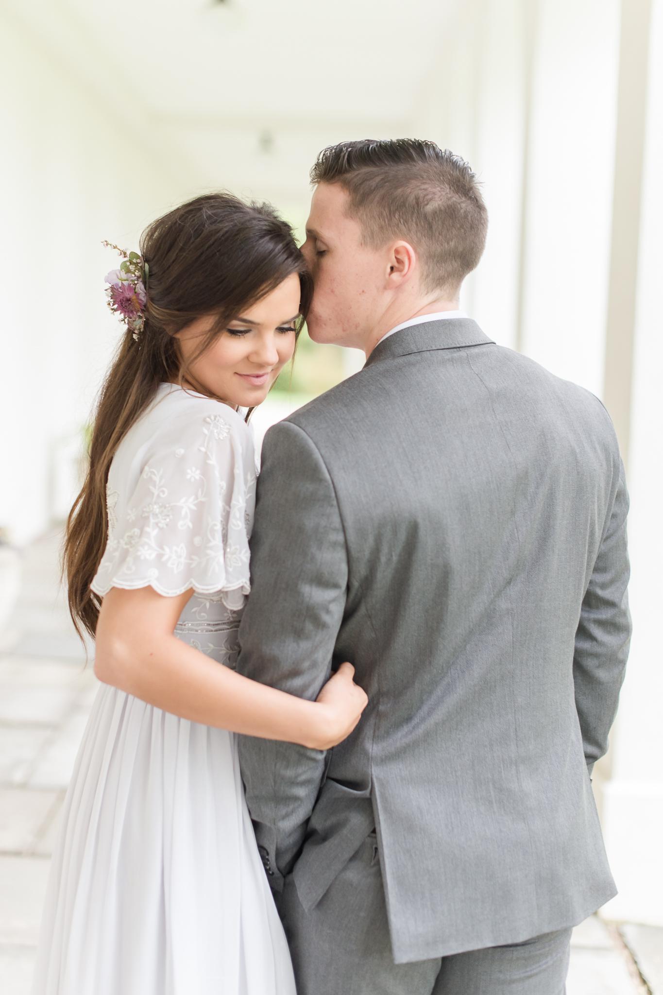 Newfields Engagement Session IMA Indianapolis Museum of Art Wedding Photos Photographer-57.jpg