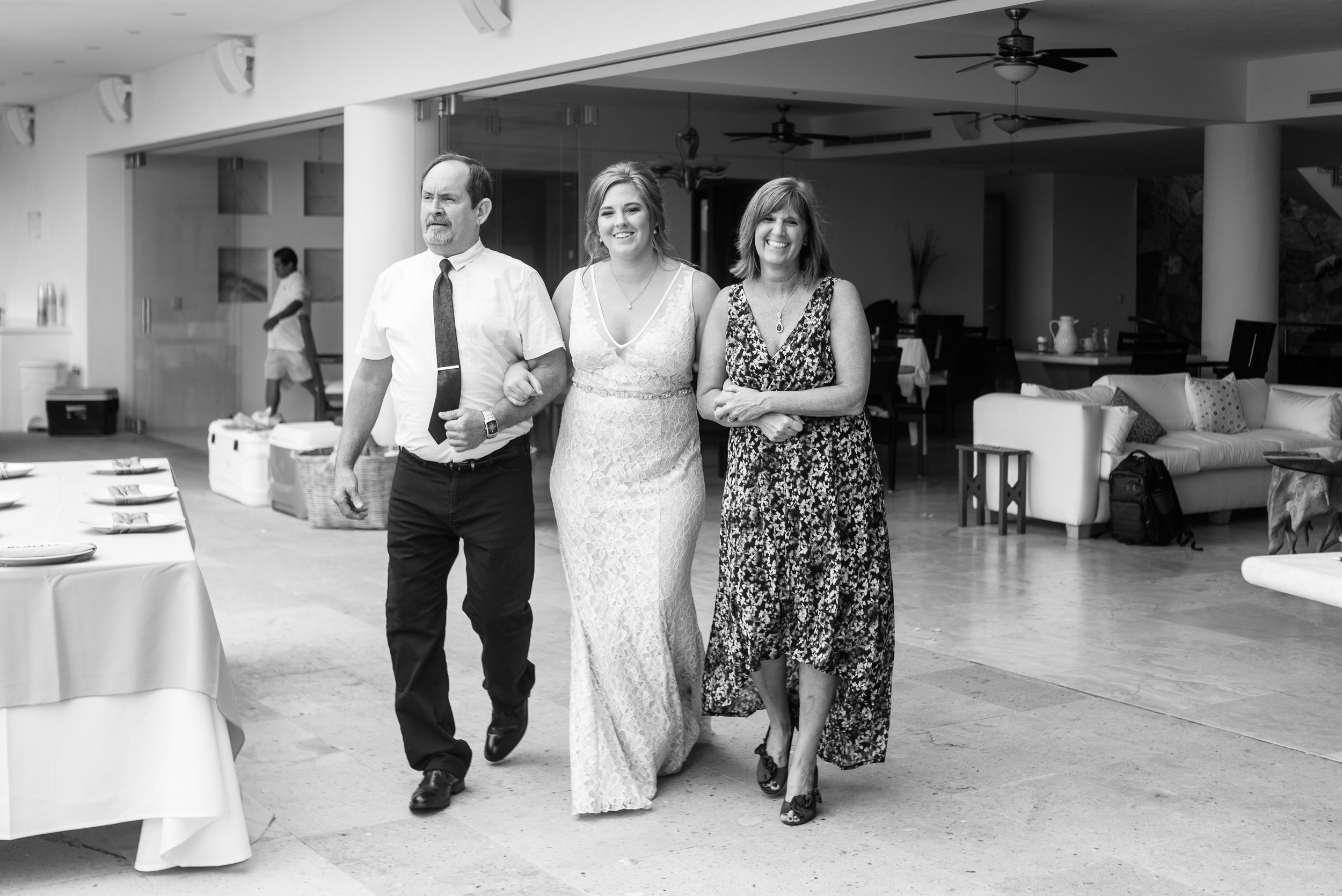 Have you mom walk you down the aisle destination wedding photographer.jpg