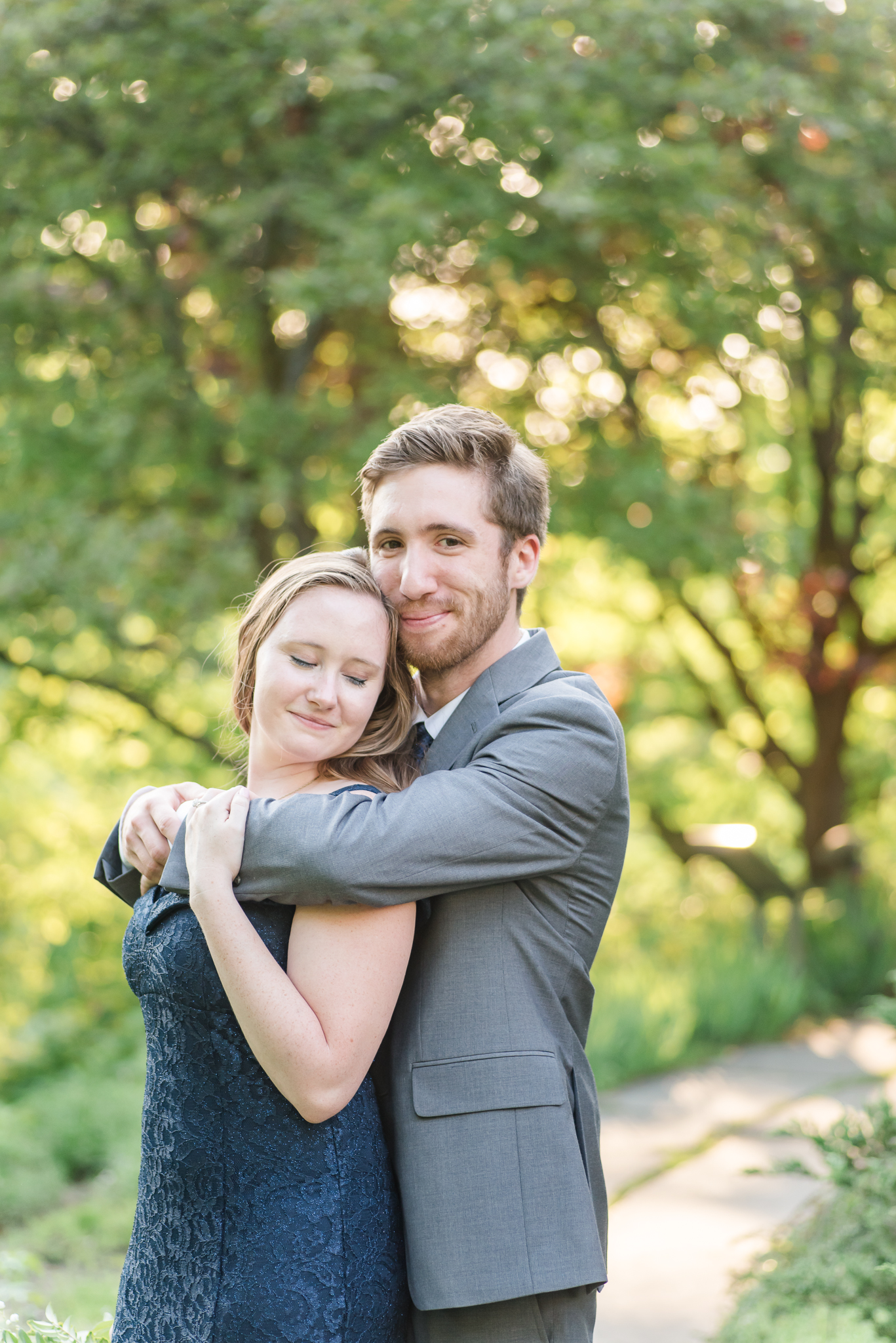 Spring Engagement Session at Newfields Indiana Museum of Art Wedding Photographer-23.jpg