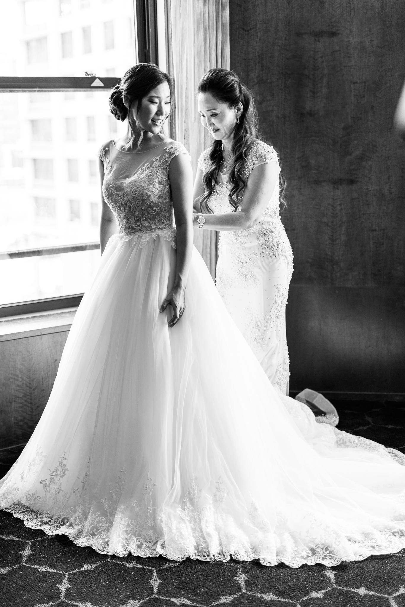 Downtown Chicago Wedding Photographer-40.jpg