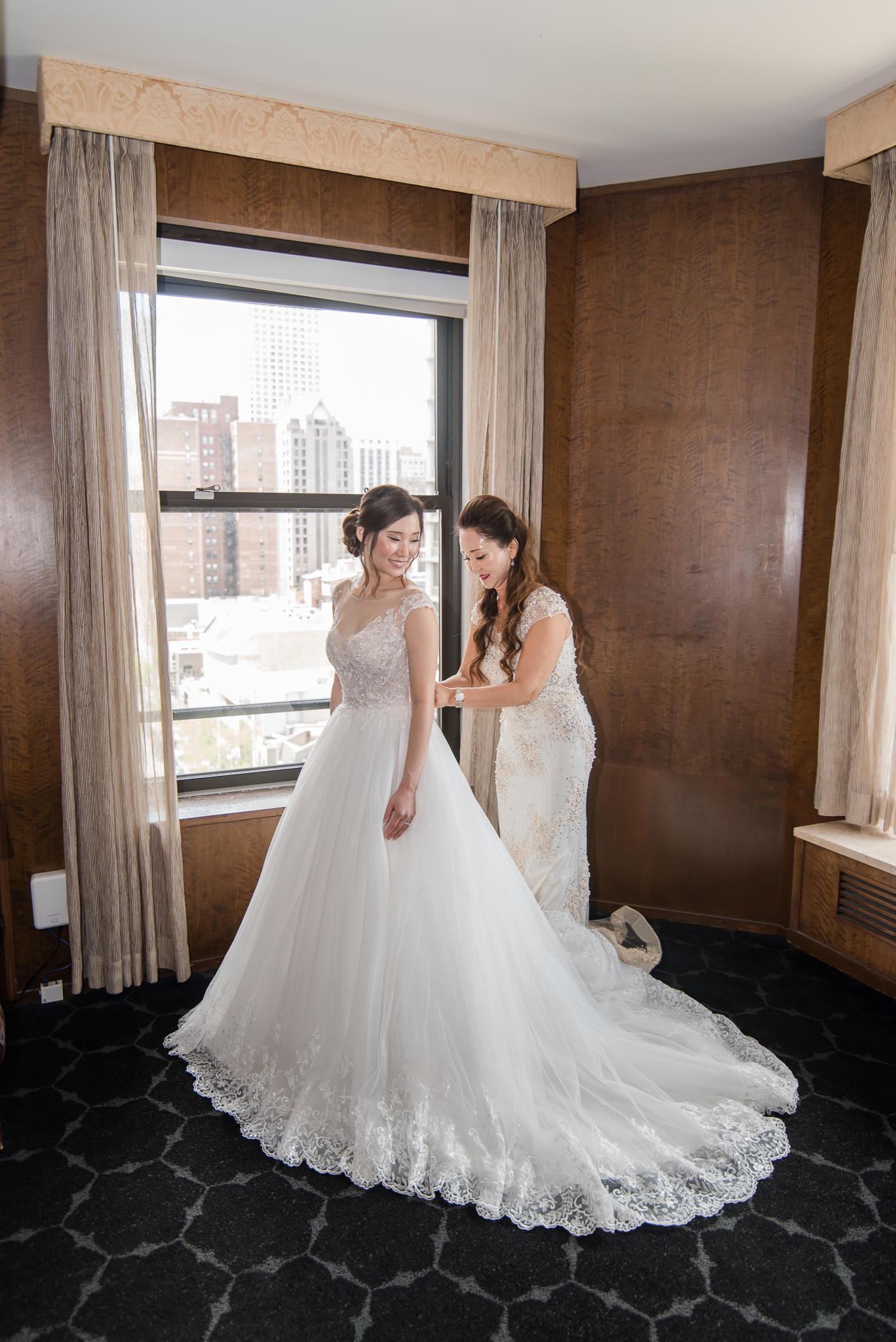 Downtown Chicago Wedding Photographer-45.jpg
