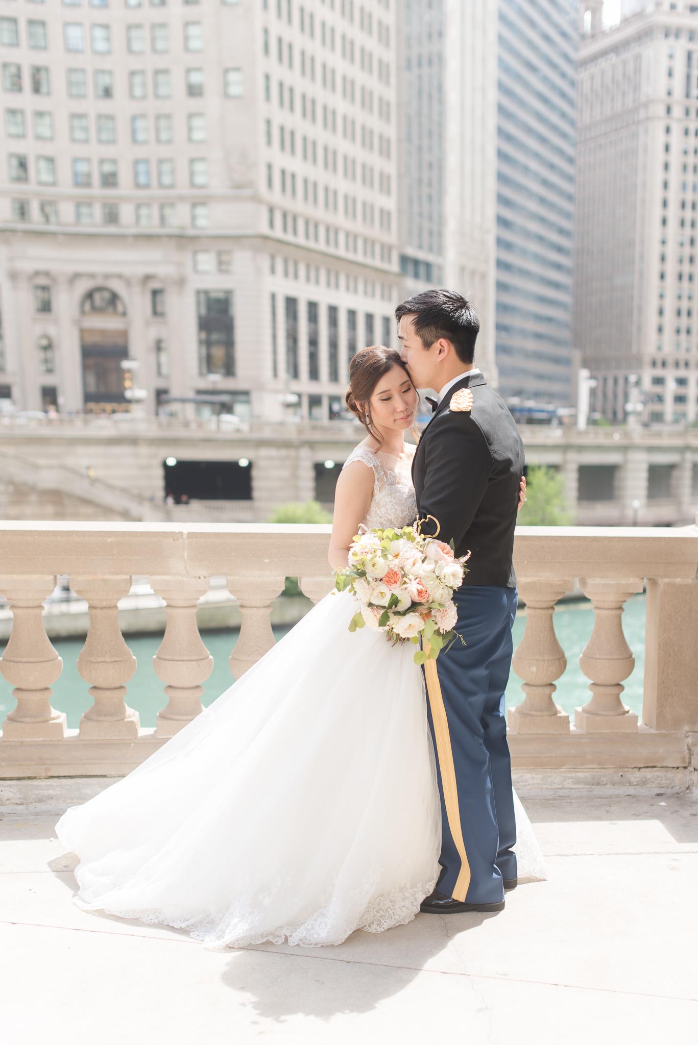 Downtown Chicago Wedding Photographer-104.jpg
