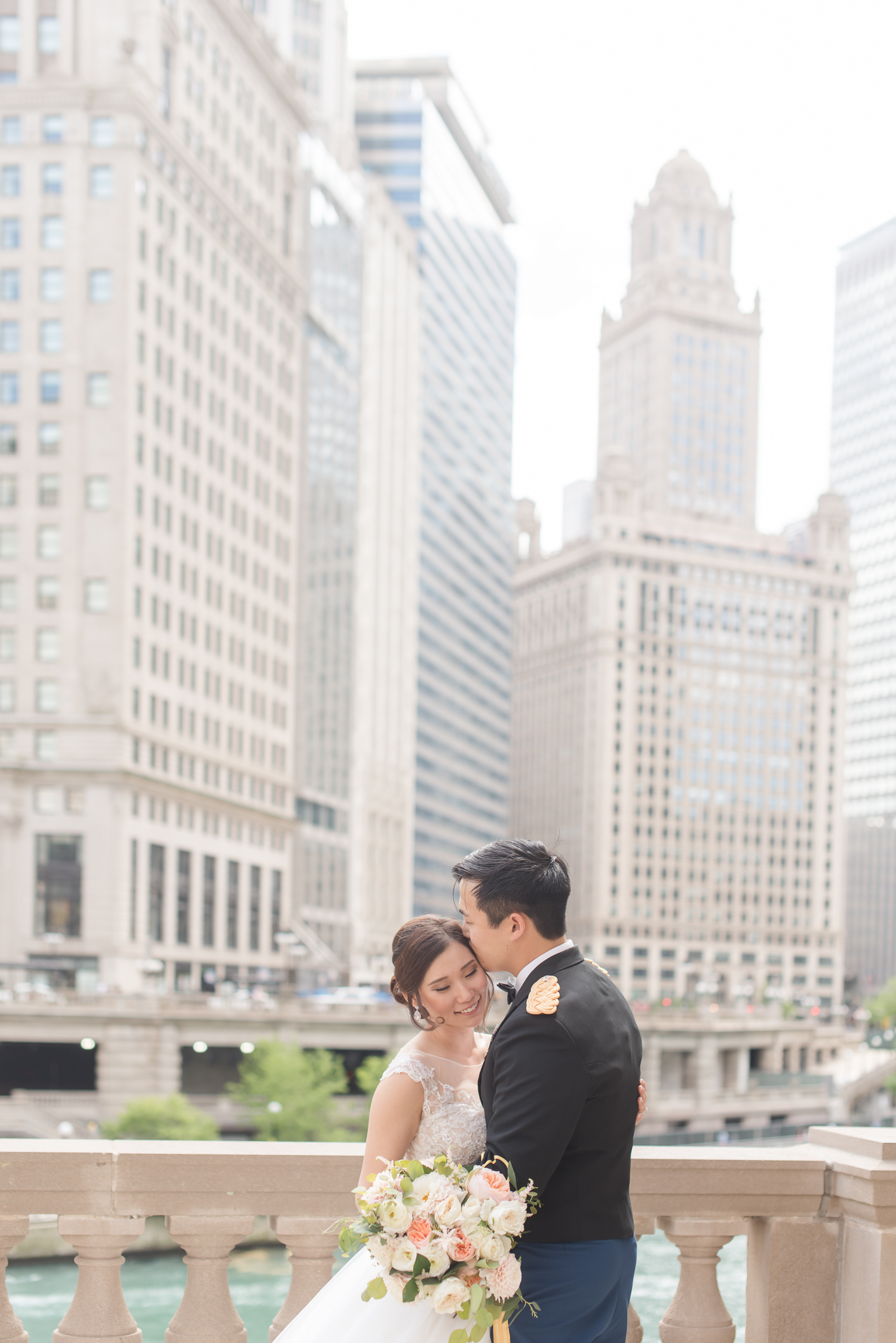 Downtown Chicago Wedding Photographer-105.jpg