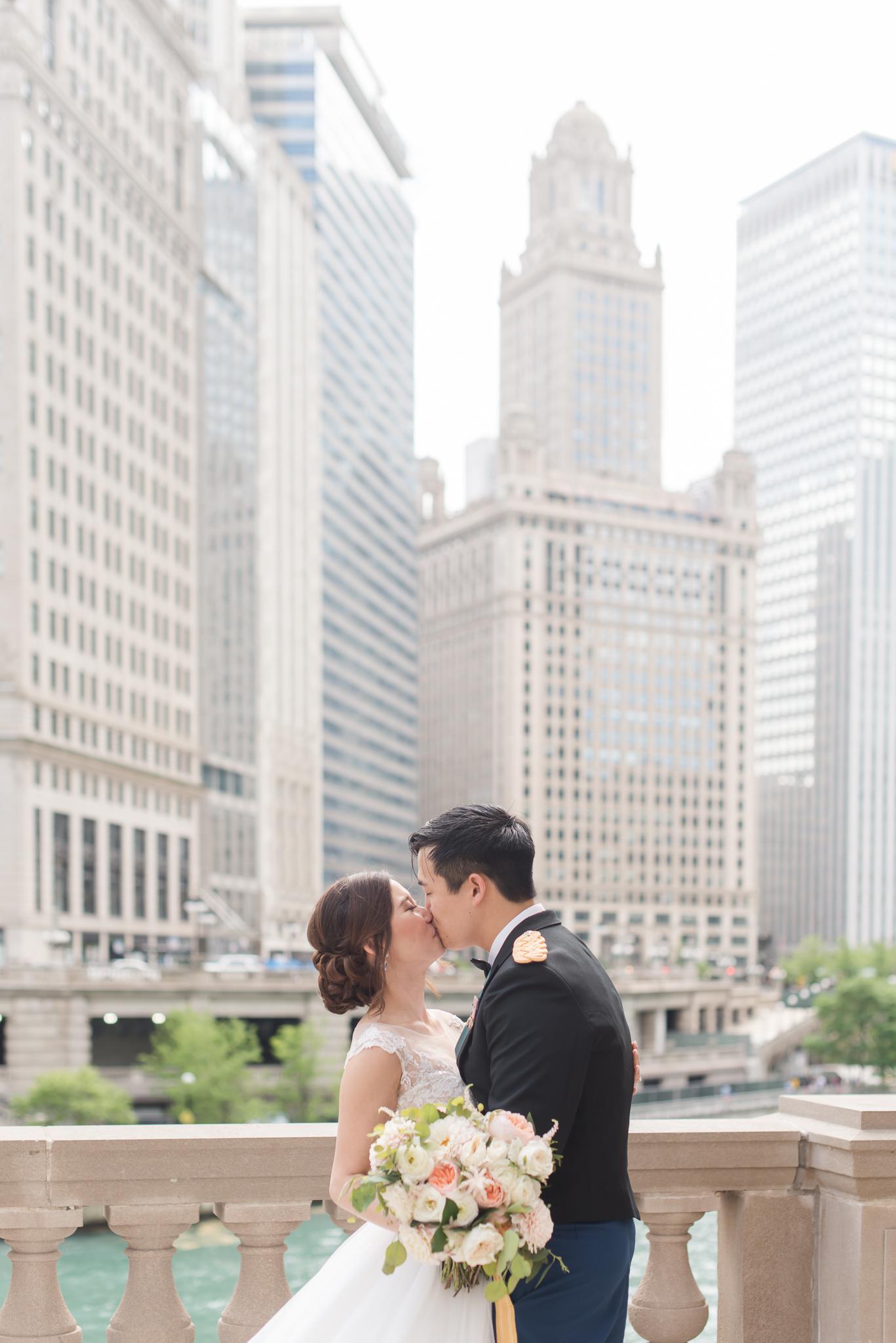 Downtown Chicago Wedding Photographer-108.jpg