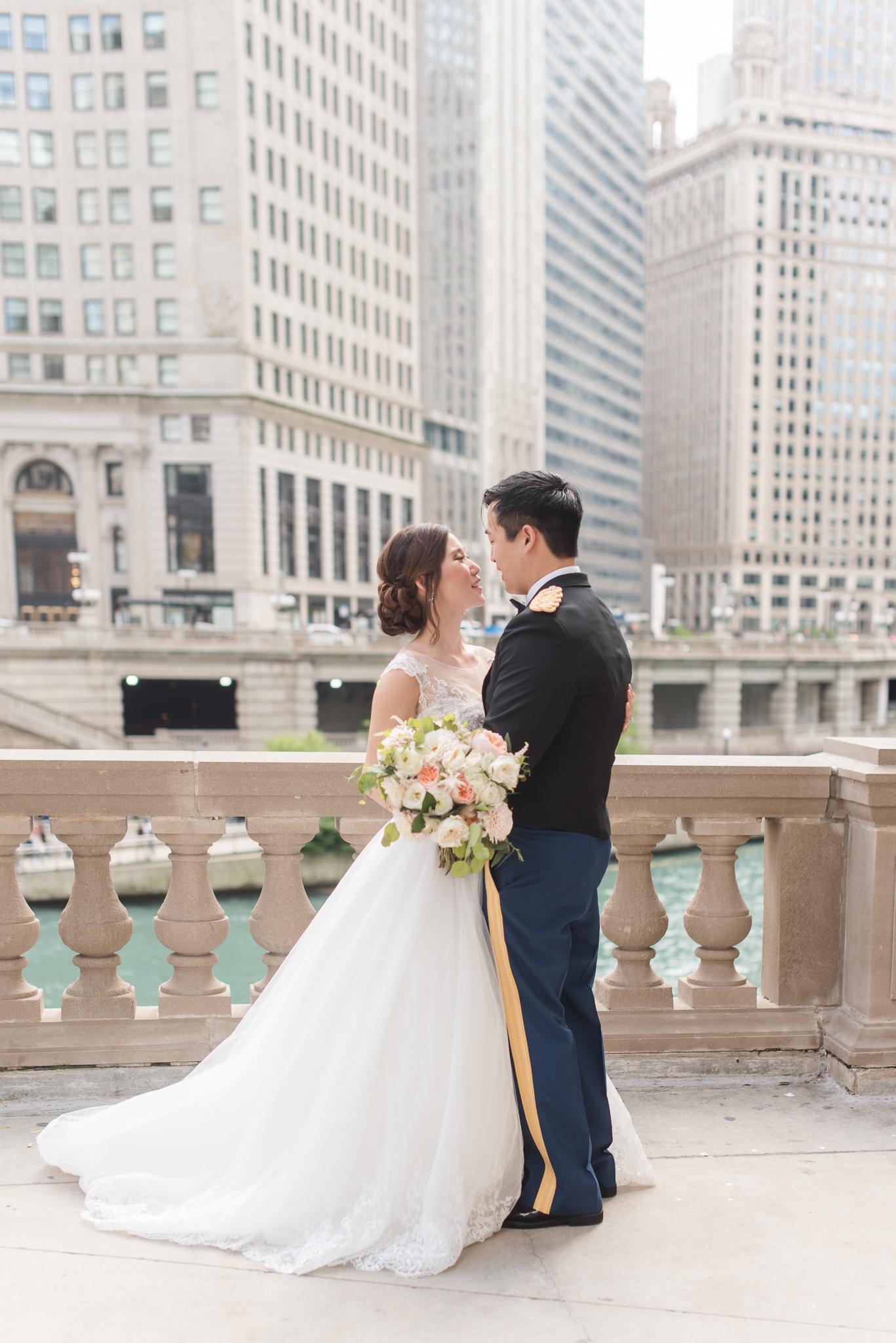 Downtown Chicago Wedding Photographer-109.jpg