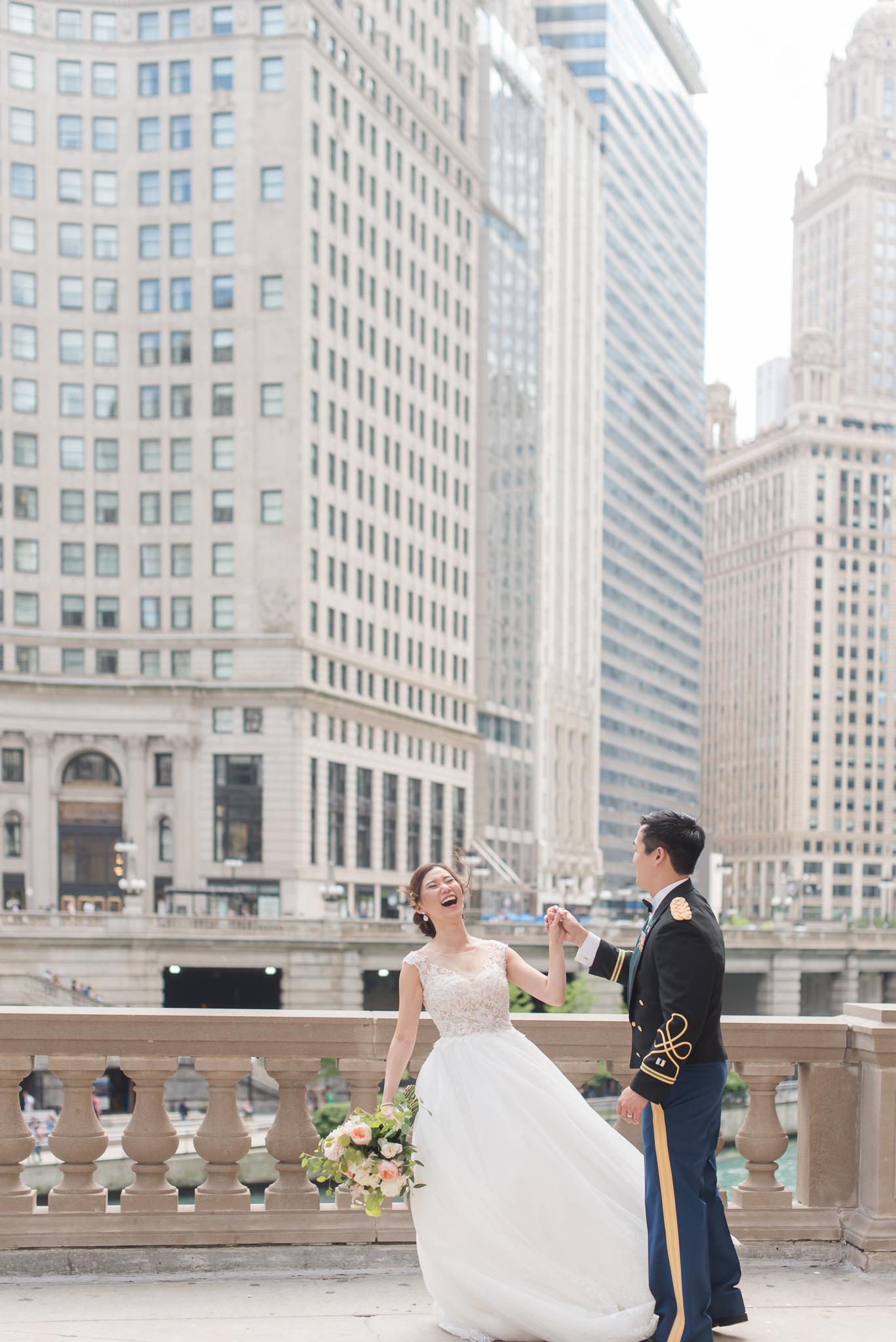 Downtown Chicago Wedding Photographer-111.jpg