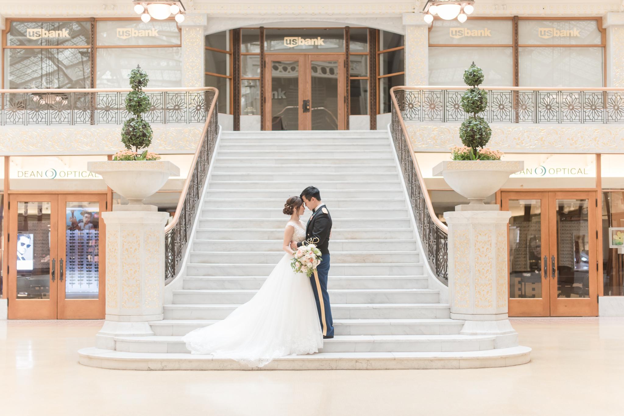 Downtown Chicago Wedding Photographer-151.jpg